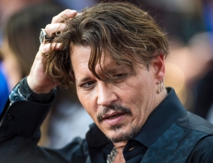 Джонни Депп оказался в центре скандала: актера обвинили в избиении