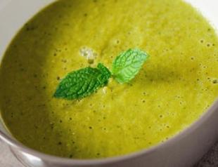 Рецепт постного блюда «Суп-пюре из зеленого горошка и мяты»