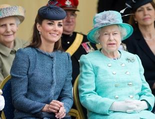 """Меган — фаворитка? В Сети обсуждают отсутствие Кейт Миддлтон в трейлере """"Королева мира"""""""