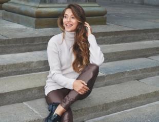 """""""Левая нога внезапно стала 40 размера вместо 38,5"""": Регина Тодоренко об отеках во время беременности"""