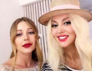 Поклонники Тины Кароль удивлены тем, как ее поздравила Оля Полякова (ФОТО)