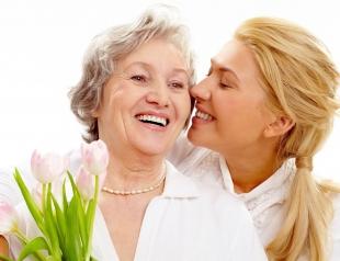 Топ самых лучших поздравлений с Днем матери 2016