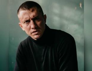 Павел Прилучный заснул в соседской машине: видео и подробности инцидента