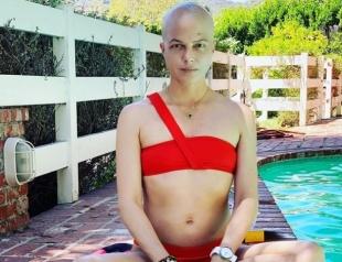 Сельма Блэр в модном пальто продемонстрировала последствия химиотерапии (ФОТО)