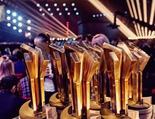 """""""М1 Music Awards. Пять"""": кто выступит на главном музыкальном событии года?"""