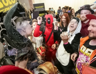Кристофер Ллойд, Дэнни Трехо и Джон Ромеро приехали в Киев ради Comic Con 2019