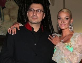 Сколько миллионов долларов Анастасии Волочковой должен бывший муж?