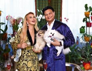 Супруга пакистанского миллиардера Камалия призналась, что боится выходить замуж во второй раз (ВИДЕО)