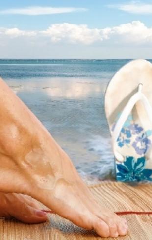 Шлепанцы и вьетнамки опасны для здоровья ног