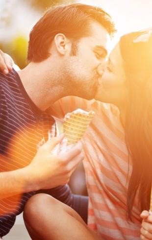 Как правильно целоваться: уроки самых нежных поцелуев от ХОЧУ.ua в честь одноименного праздника