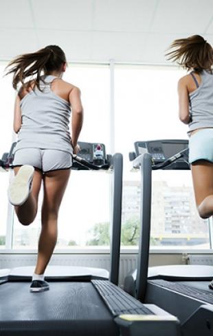 Как похудеть на беговой дорожке: ответы фитнес-тренера
