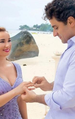 Анфиса Чехова показала свадебные фото: Сейшелы, шелковый пеньюар и отказ от туфель
