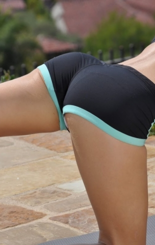 Как сделать соблазнительные ноги: тренировка внутренней поверхности бедра