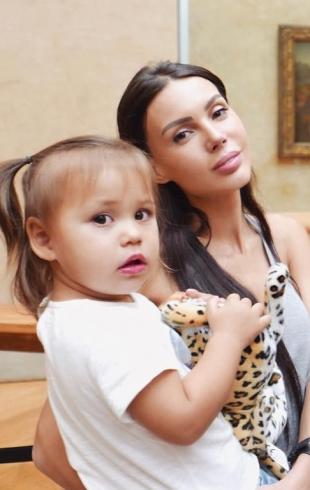 Как отдыхают звезды: Оксана Самойлова и рэпер Джиган в Париже (ФОТО)