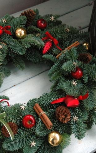 Новогодние венки: как сделать в домашних условиях (ФОТО 60+)