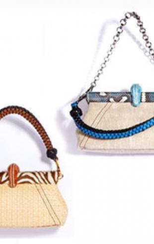 Зимнее решение от Прада: экзотически украшенные сумки из льна и соломы