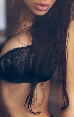 Твоя грудь в Его фантазиях: что мужчины мечтают с ней сделать
