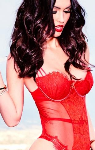 """Меган Фокс о сексуальности и секретах красоты: """"Люди больше не стесняются своего тела"""""""