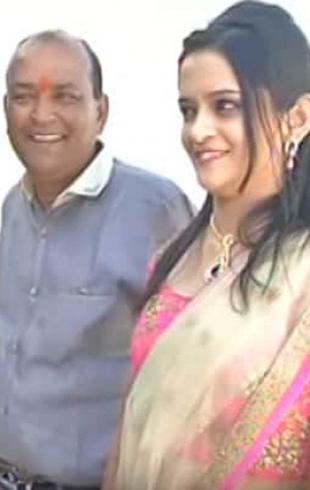 Индийский бизнесмен построил дома для бедных на деньги, отложенные на роскошную свадьбу дочери (ВИДЕО)
