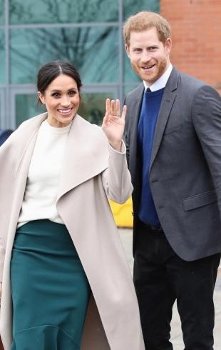"""""""Много зелени и цветов"""": Меган Маркл и принц Гарри выбрали свадебные букеты"""