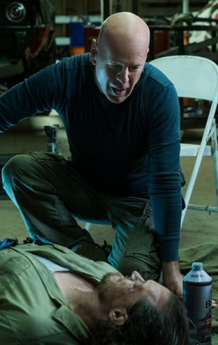 Журнал Viva! встречает звезд на допремьерном показе фильма «Жажда смерти» с Брюсом Уиллисом