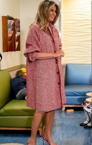 Элегантная Мелания Трамп посетила детский госпиталь в Вашингтоне (ФОТО+ВИДЕО)