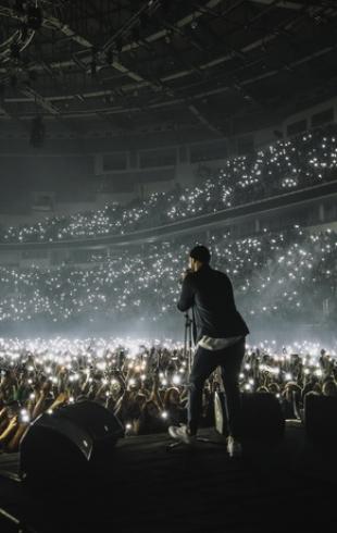 Макс Корж бьет рекорды: за сутки продано 6 тысяч билетов на его концерт в Киеве!