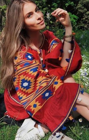 Вдохновляйтесь: внучка Софии Ротару показала стильные весенние луки (ГОЛОСОВАНИЕ)