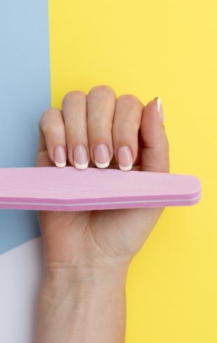 Забудем о заусенцах: пошаговая инструкция правильного обрезного маникюра