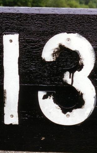 По нервам: 13 страшных фильмов к пятнице 13