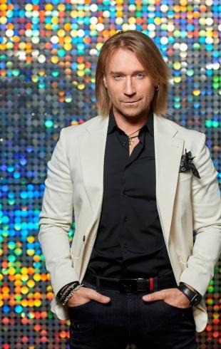 Олег Винник принял участие в акции #ВСЕММИР с российскими звездами: позиция артиста