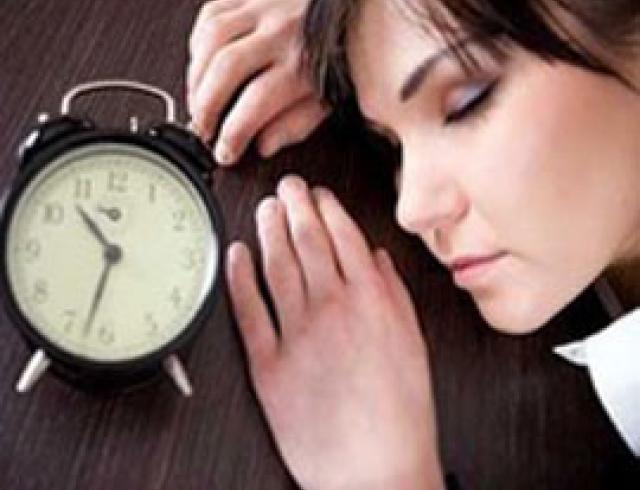 Топ-10 способов, как не заснуть на работе