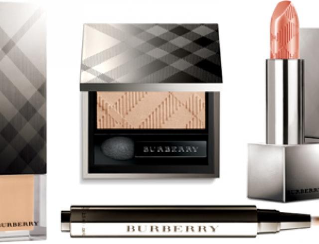 Мастер-класс от Burberry: нежный макияж