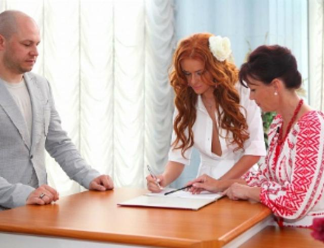 "Слава из ""НеАнгелов"" вышла замуж. Фото"