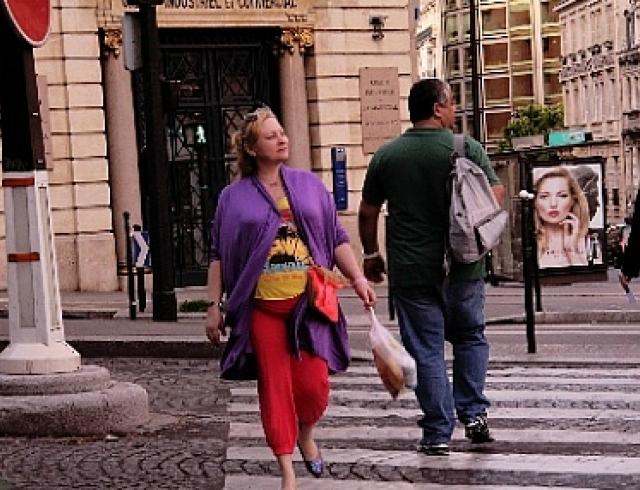 """Беременная Люба из """"Интернов"""" погуляла в Париже. Фото"""