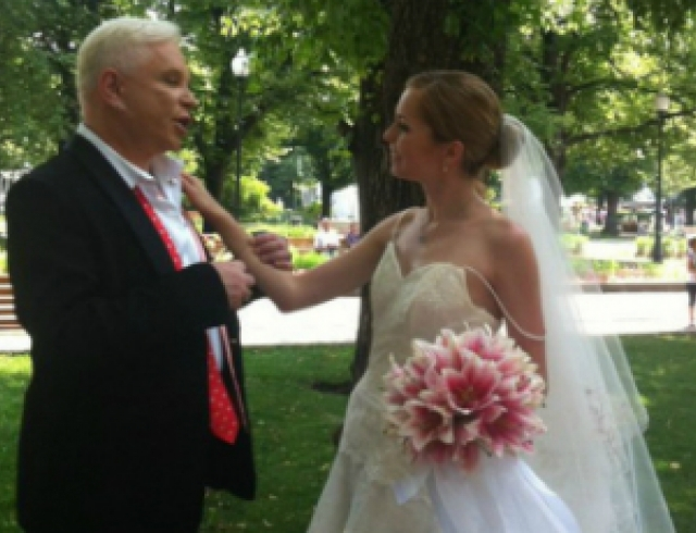 Борис Моисеев женился на молодой девушке? Фото