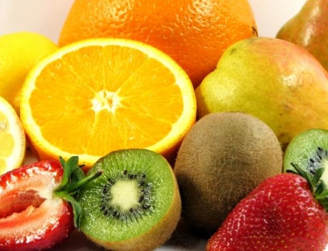 Витамин С помогает продлить молодость кожи