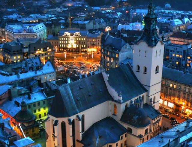 Во Львове проведут 100 бесплатных ночных экскурсий