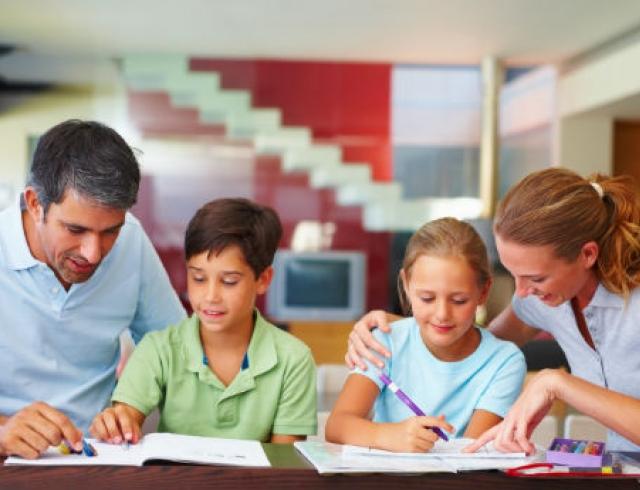 Как родителям правильно реагировать на замечания учителей?