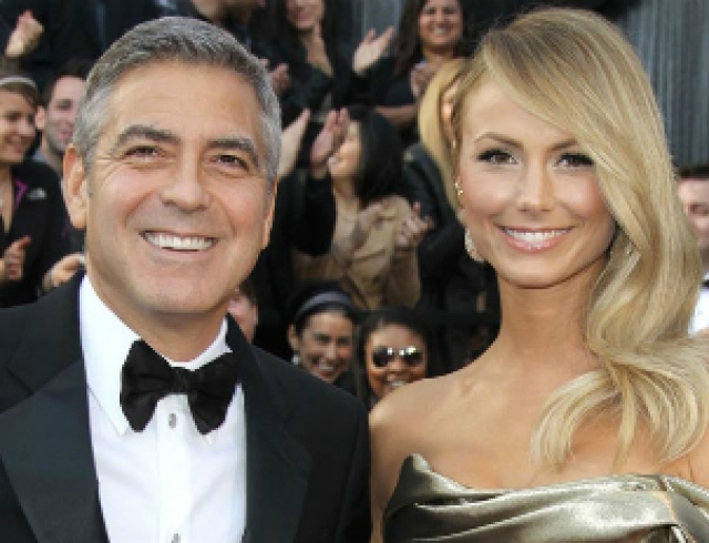 Клуни снова испугался свадьбы и бросил очередную невесту