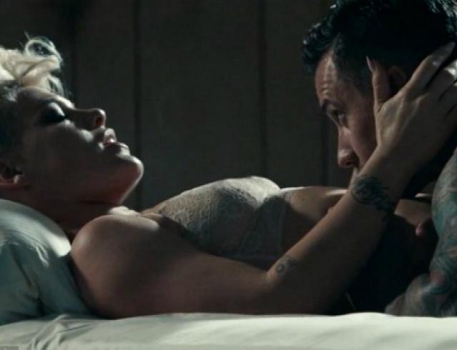 Пинк сняла в клипе Just Give Me a Reason своего мужа. Видео