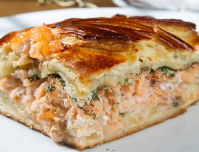 Рецепт: рыбный пирог с лососем