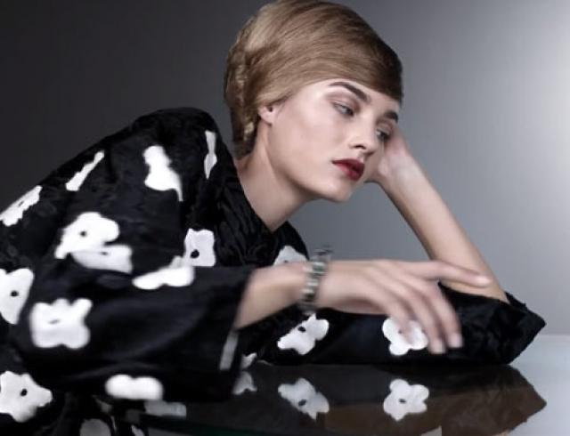 Бренд Prada презентовал цветочное промовидео новой коллекции