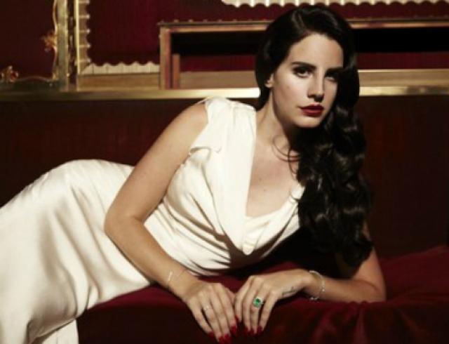 Лана Дель Рей представила клип на песню Burning Desire