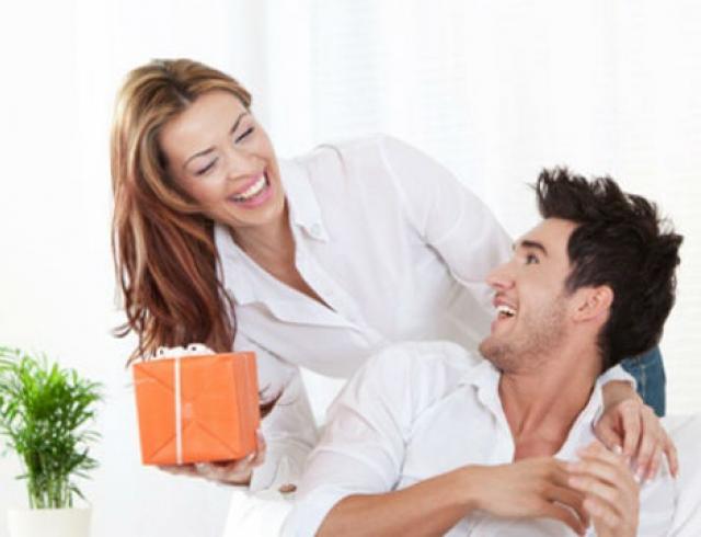 Какой аромат подарить мужчине на 23 февраля?