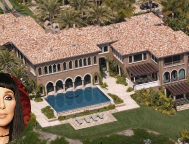 Шер продала шикарный особняк в Малибу за $45 млн. Фото