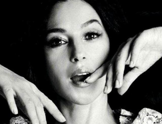 Моника Белуччи снялась в новой фотосессии