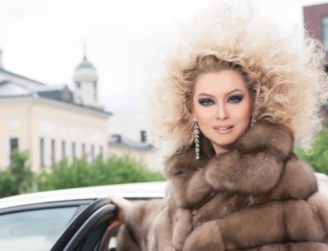 Звездная косметичка светской львицы Лены Лениной