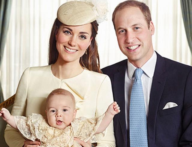 Обнародованы официальные фото с крестин принца Георга