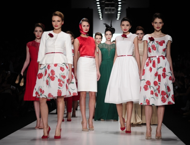 Рената Литвинова представила коллекцию в стиле ретро
